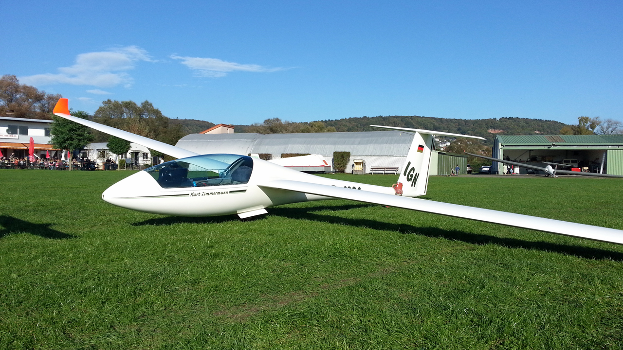 Segelflugzeug LS4 Aero-Club Gelnhausen